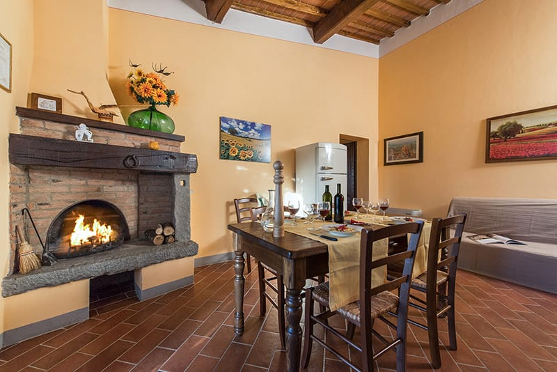 Images of Agriturismo Pratovalle with swimming pool and apartments in Cortona at the very heart of Valdichiana